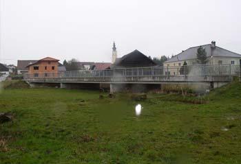 Hochwasserschutz Moosbach-Waasen Bild 1
